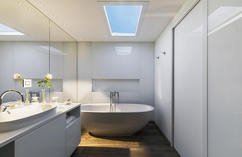 Coelux Photo HE 45LC Bathroom